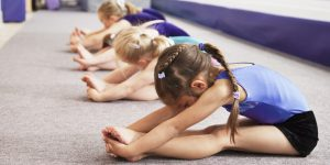 Спортивная растяжка для детей @ Лига молодых матерей Подмосковья | Ступино | Московская область | Россия